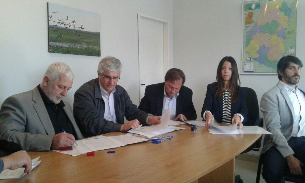 Firma convenio marco